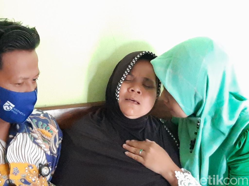 Tangis Histeris Ibu Korban Mutilasi di Bekasi: Putrane Kepriwe...