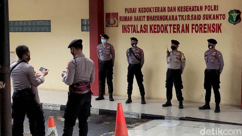 RS Polri Kramat Jati Dijaga Ketat Polisi-TNI