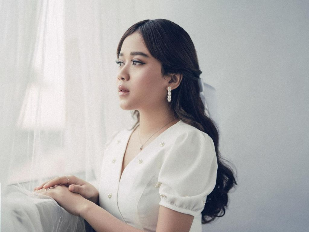Gegara Bimbang, Brisia Jodie Menangis Saat Rekaman