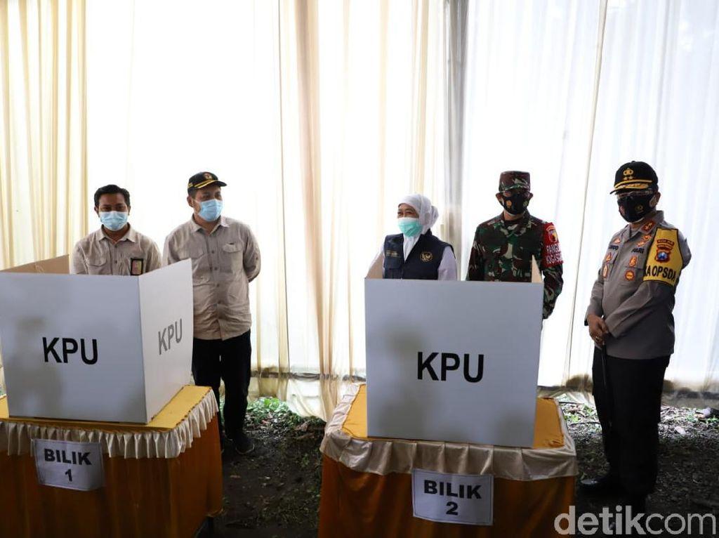 Cek TPS di Mojokerto Bersama Pangdam dan Kapolda Jatim, Ini Temuan Khofifah