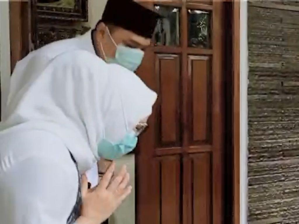 Momen Cawalkot Surabaya Eri Cahyadi Sowan ke Risma Memohon Restu