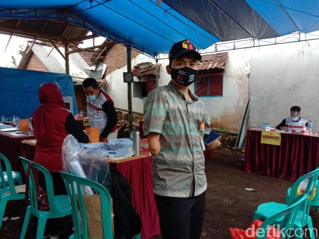 Cerita Naufal, Disabilitas yang Jadi Pengawas TPS di Pilkada Banyuwangi