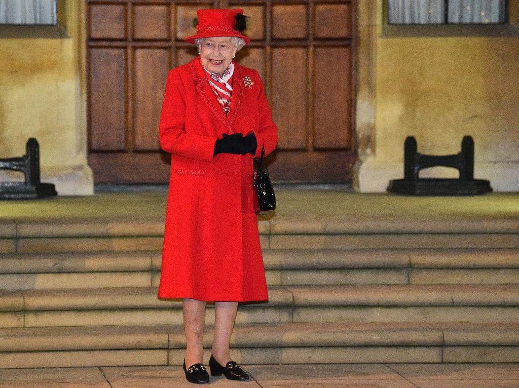 Ratu Elizabeth II Beri Kado untuk Anak Harry-Meghan, Bukti Komunikasi Masih Baik