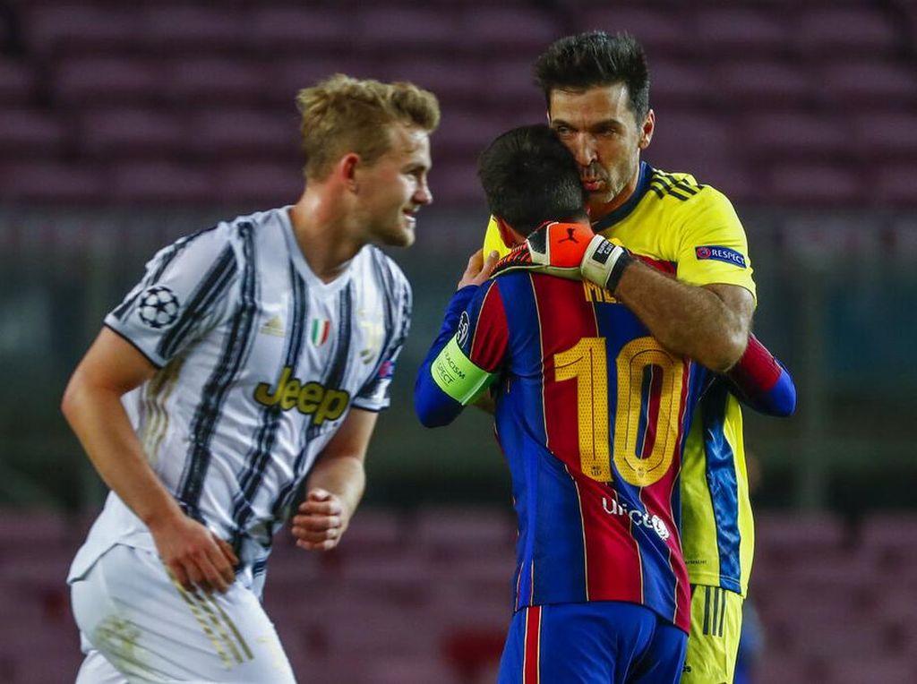 Sang Superman Tua Bikin Messi Frustrasi
