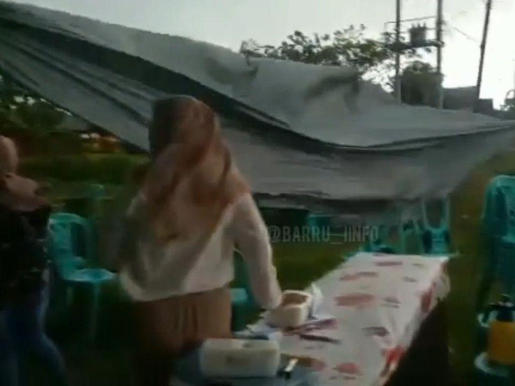 TPS di Barru Sulsel Porak-poranda Dihantam Angin Kencang