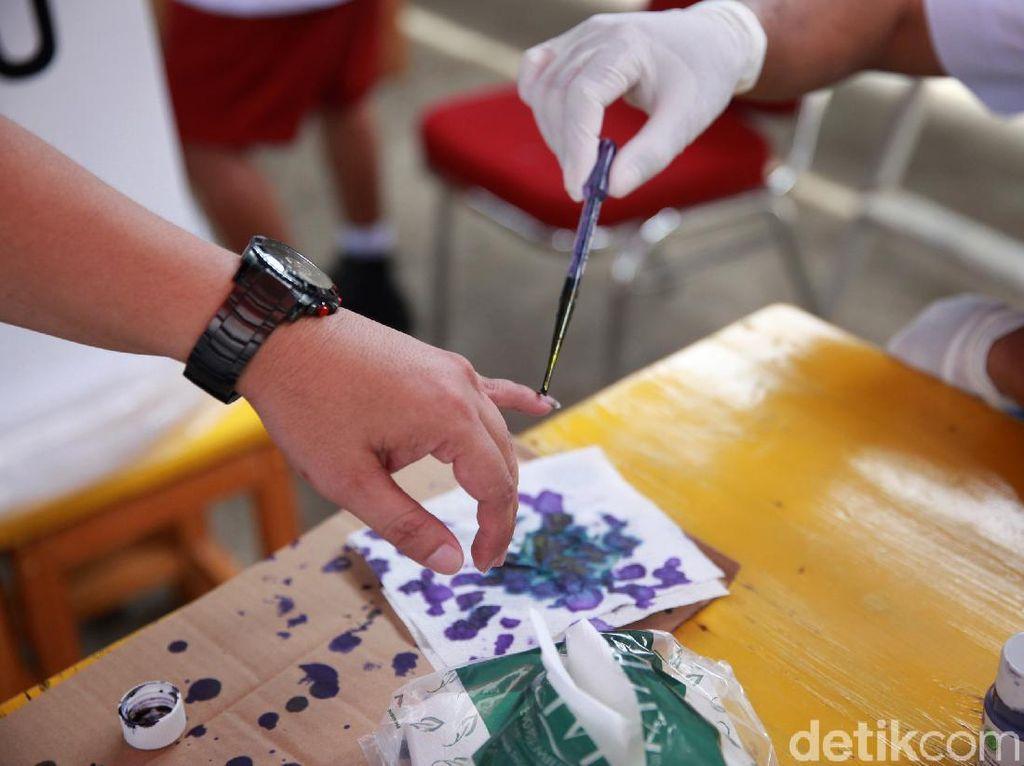 Sirekap Sementara KPU: 8 Petahana di Pilkada Jateng Unggul