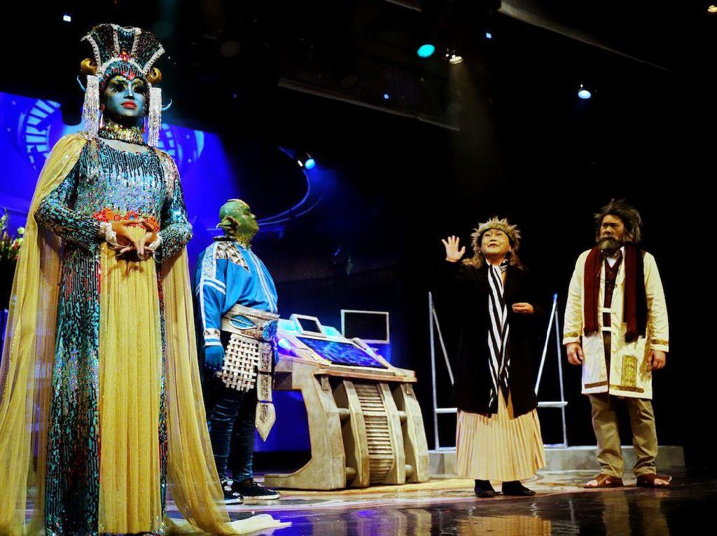 Teater Koma Rayakan 44 Tahun Berkarya Lewat Catatan Tanpa Selesai