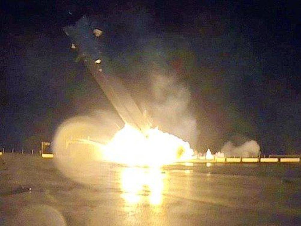 Potret Detik-detik Ledakan Roket SpaceX Diungkap Elon Musk