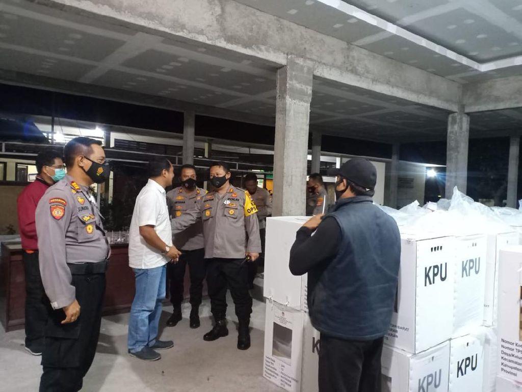 Polresta Mataram Pastikan Kotak & Surat Suara Pilkada Aman di PPK