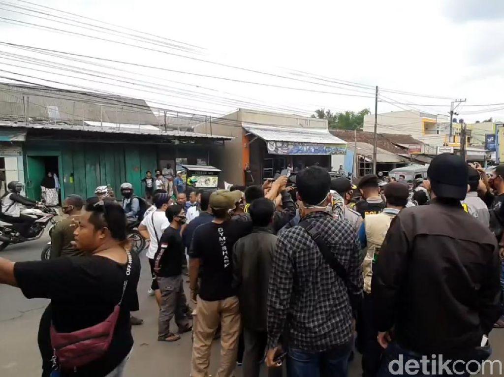 Protes Hasil Pilkada Tasikmalaya, Pendukung Paslon Iwan-Iip Datangi KPU