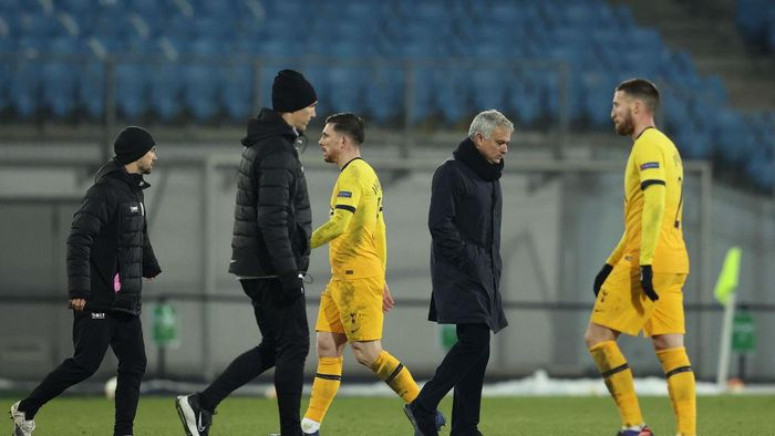 LINZ, AUSTRIA - DECEMBER 03: Jose Mourinho, Manager of Tottenham Hotspur reacts after the UEFA Europa League Group J stage match between LASK and Tottenham Hotspur at Linzer Stadion on December 03, 2020 in Linz, Austria. Sporting stadiums around Austria remain under strict restrictions due to the Coronavirus Pandemic as Government social distancing laws prohibit fans inside venues resulting in games being played behind closed doors. (Photo by Alexander Hassenstein/Getty Images)