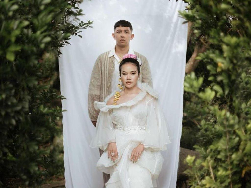 8 Momen Langka Kebersamaan Yura Yunita & Pacar yang Akan Segera Menikah