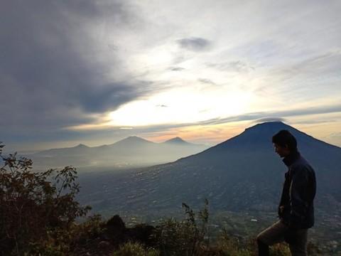 Gunung sindoro via kledung