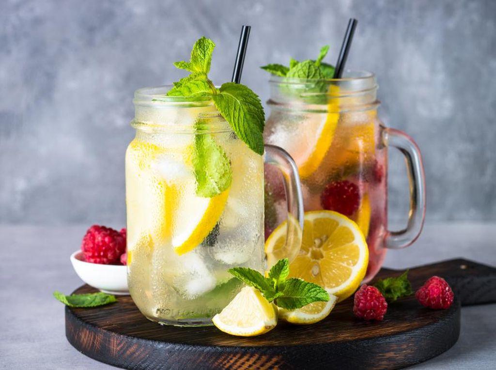 Meriahkan Perayaan Tahun Baru dengan 3 Kreasi Resep Lemonade Segar!