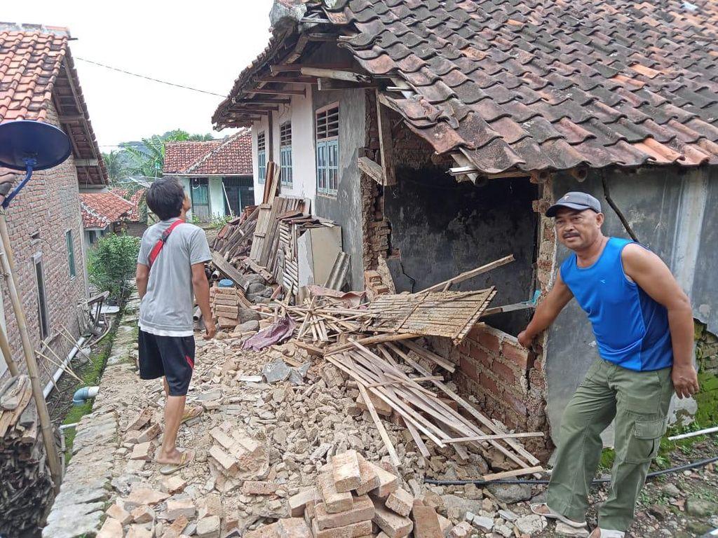 Gempa M 4,2 Guncang Brebes, 23 Rumah di Kuningan Rusak