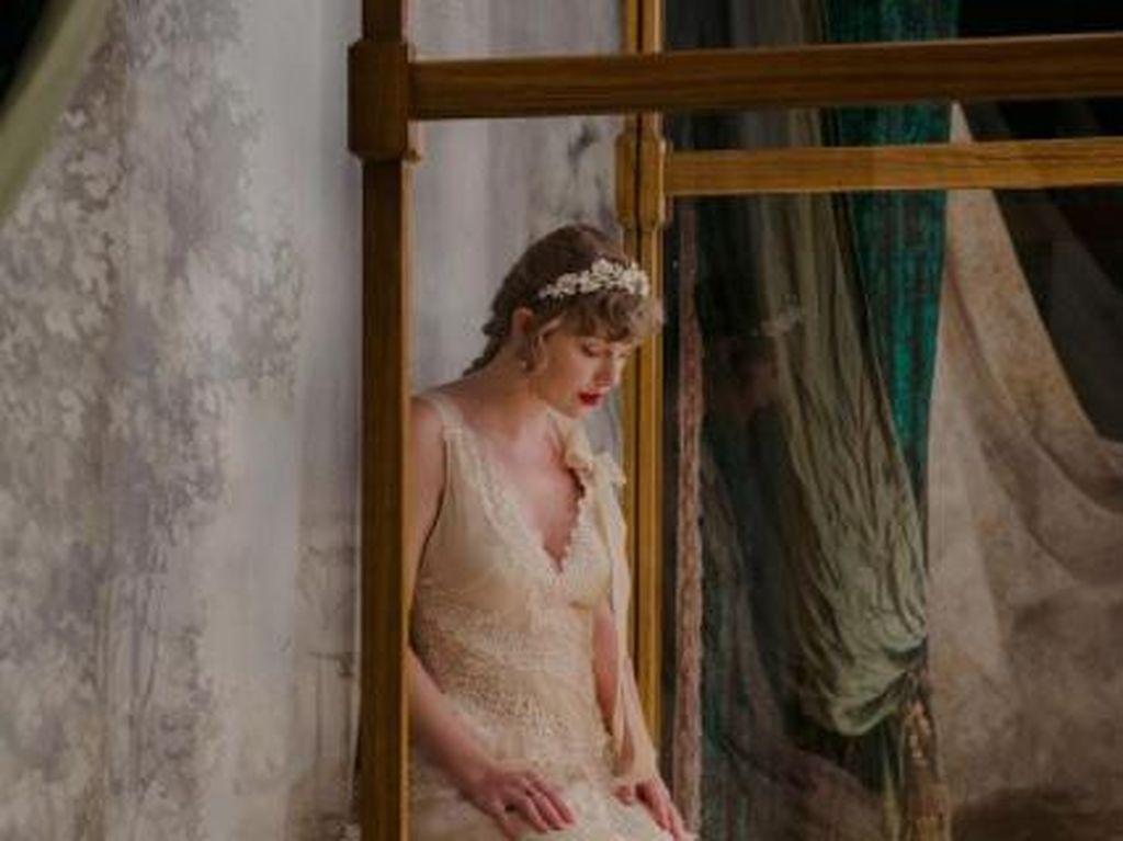 Woodvale Album Trilogi Taylor Swift Usai Folklore dan Evermore?