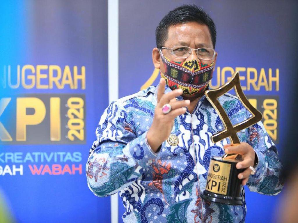 Walkot Banda Aceh Raih Penghargaan Kepala Daerah Inspirasi Penyiaran