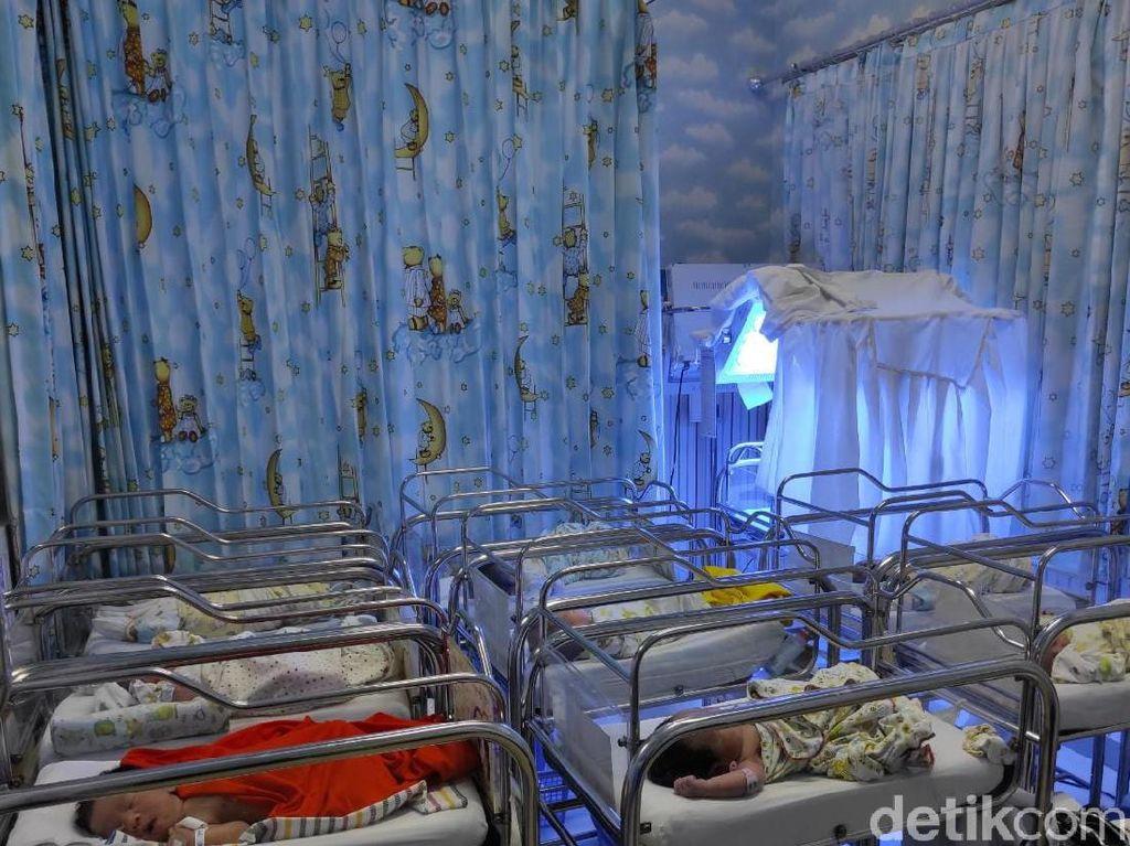 Tanggal Cantik 12-12: 10 Bayi Lahir di RSIA Kendangsari Surabaya