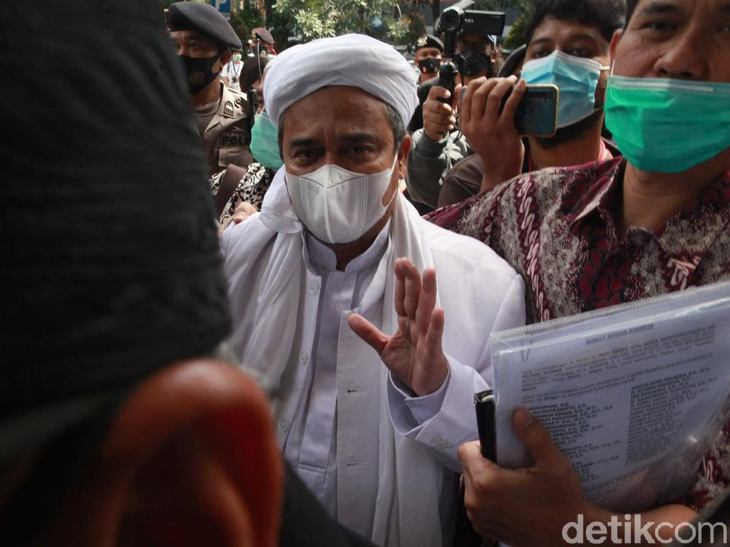 Habib Rizieq Sudah Sidang Offline Masih Saja Keberatan