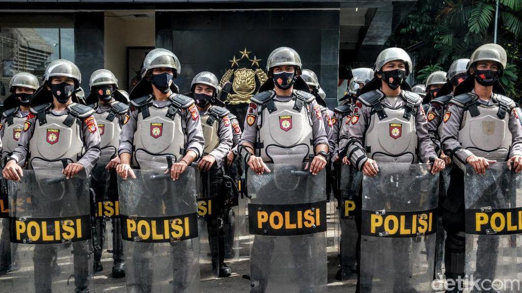 Polda Metro Jaya Perketat Pengamanan saat Pemeriksaan Habib Rizieq