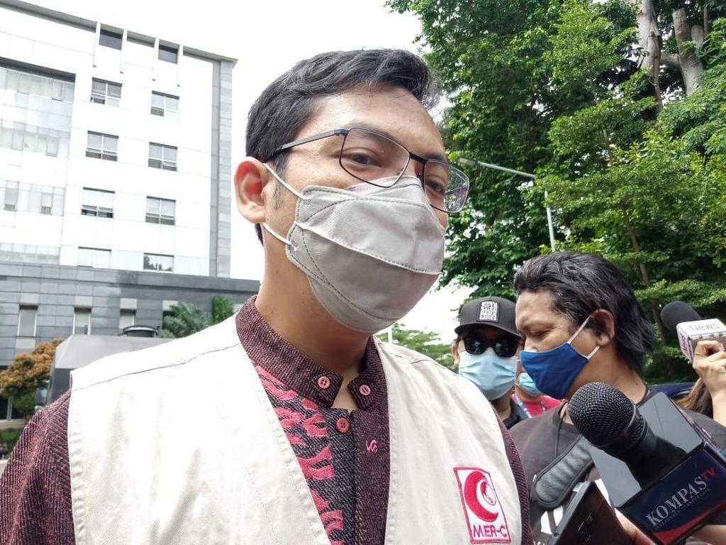 MER-C Dampingi Habib Rizieq Saat Periksa Kesehatan di Polda Metro Jaya