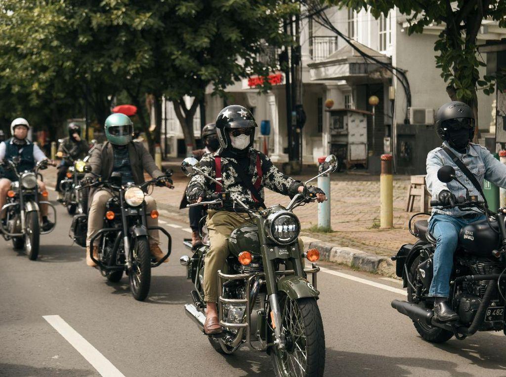 Komunitas Royal Enfield Adakan Classic Ride: Jelajahi Spot Bersejarah di Jakarta