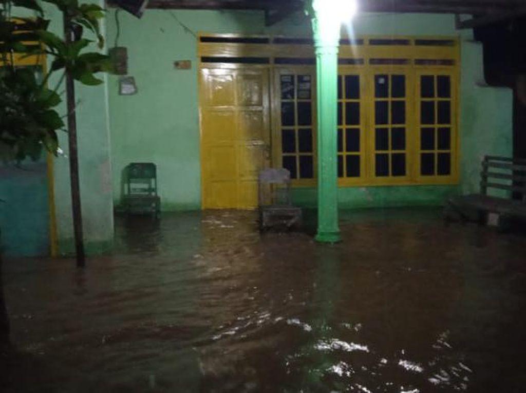Hujan 5 Jam Rendam 7 Desa di 3 Kecamatan Madiun