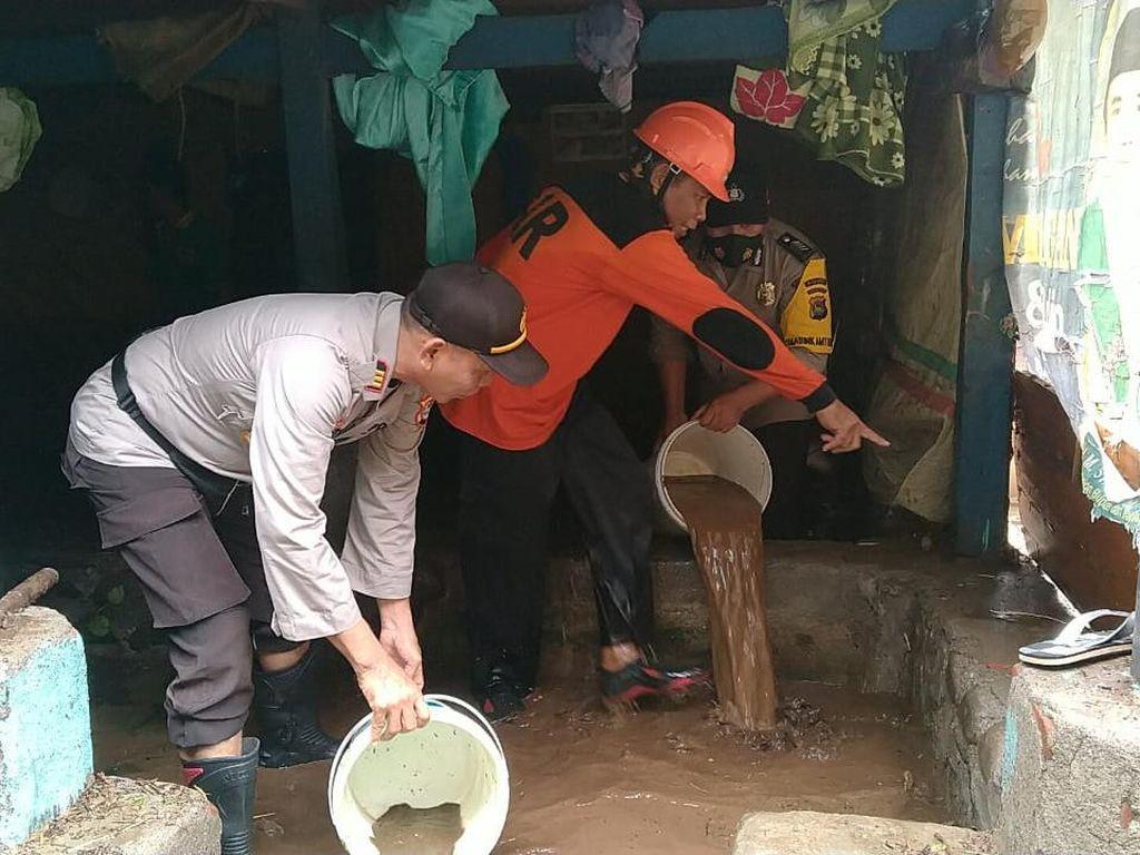 Banjir Rendam 3 Desa di Lombok Timur NTB, Ribuan Keluarga Terdampak