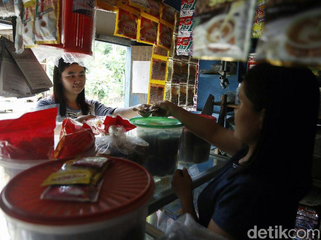 Curhat Warga Perbatasan yang Ngaku Lebih Suka Belanja ke Malaysia