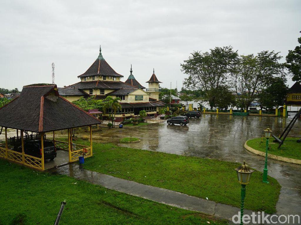 Ini Rekomendasi Wisata di Bagian Barat Tanah Borneo