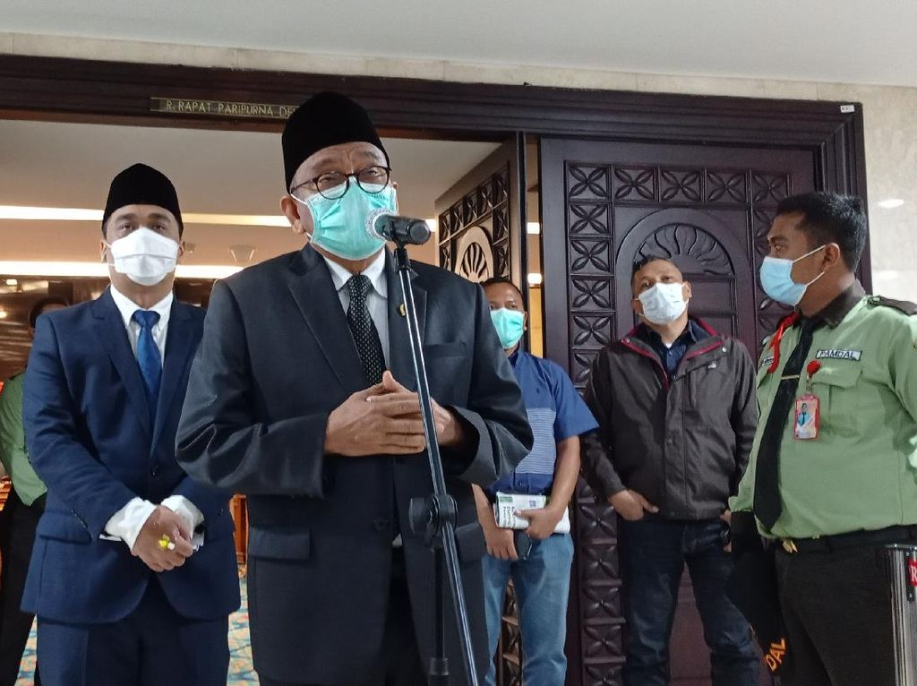 Anggota DPRD WO Saat PSI Pidato, M Taufik Singgung Konsistensi Partai-Fraksi