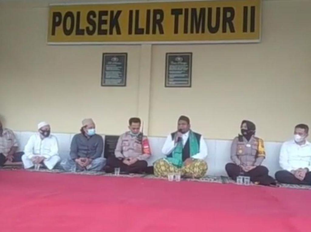 Massa Datangi 3 Polsek di Palembang Minta Habib Rizieq Dibebaskan
