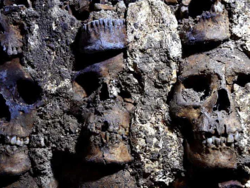 Ngeri! Menara Tengkorak Berusia 500 Tahun Ditemukan