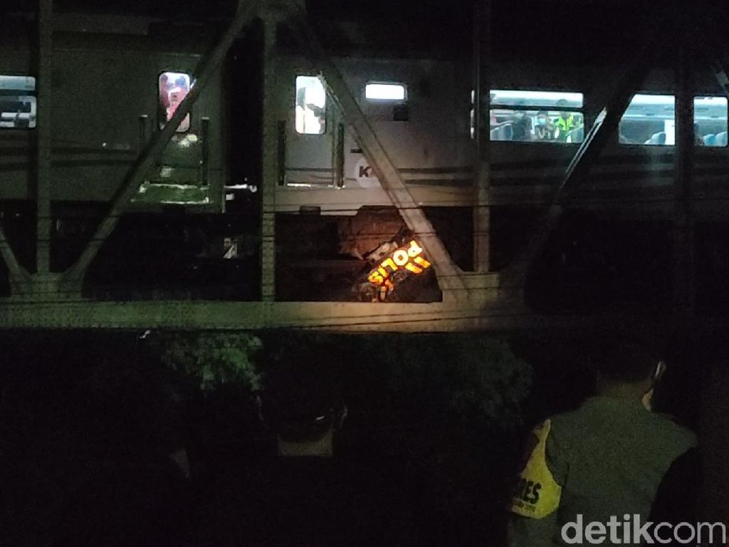 KA Brantas Vs Mobil Patroli TNI-Polri di Sragen, 2 Tewas dan 1 Hilang
