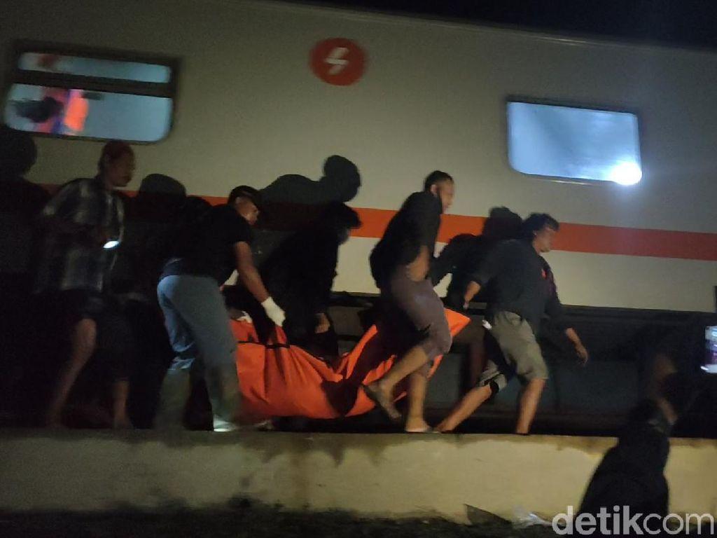 Mobil Patroli Polisi di Sragen Ditabrak Kereta, Dua Orang Tewas