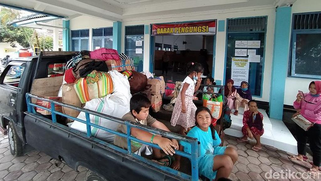 356 Pengungsi Merapi Putuskan Kembali Ke Rumah