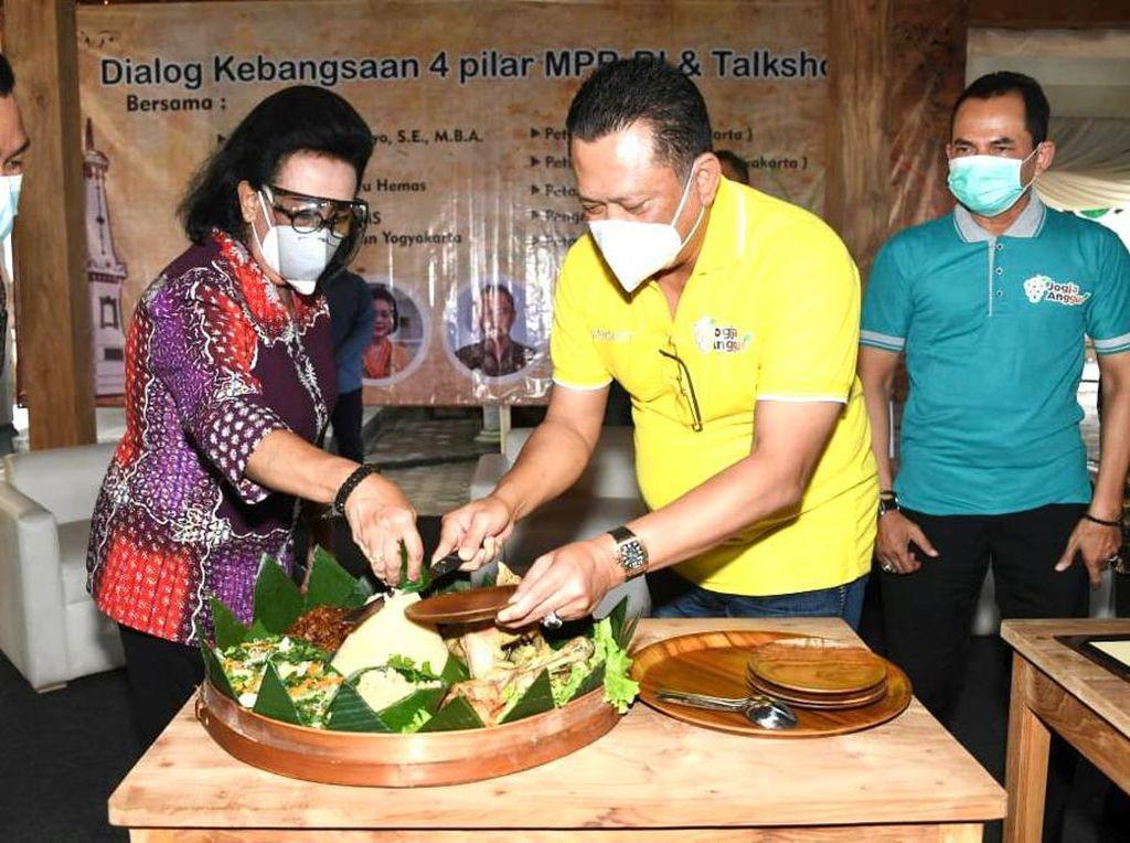 Ketua MPR Resmikan Jogja Anggur, Agrowisata Unggulan Bantul