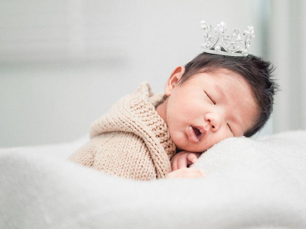 110 Nama Bayi Laki-laki Islami Keren Beserta Maknanya yang Baik