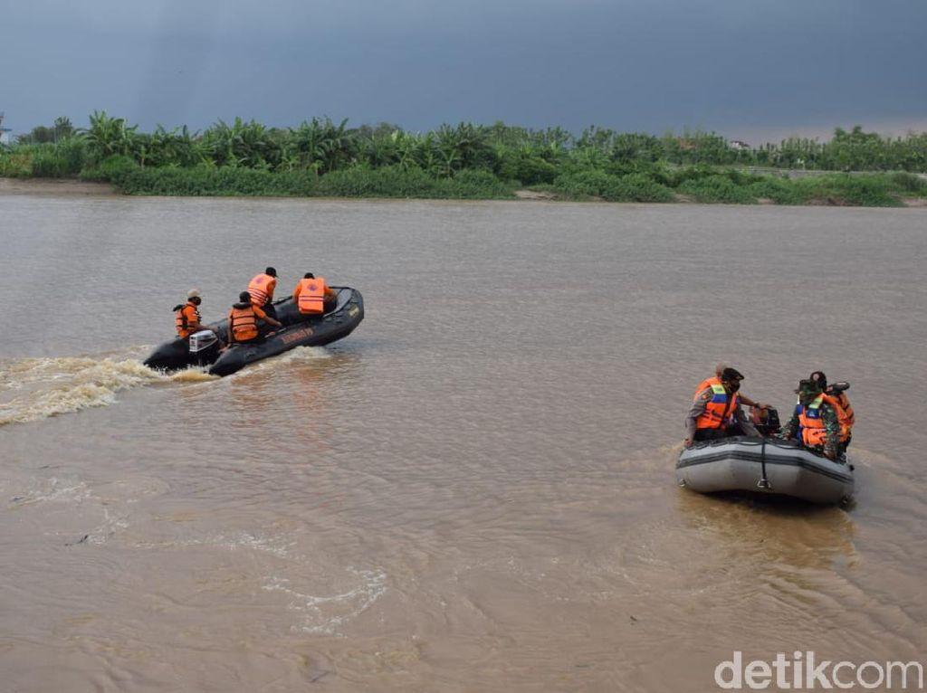 Debit Sungai Bengawan Solo di Lamongan Masuk Level Siaga