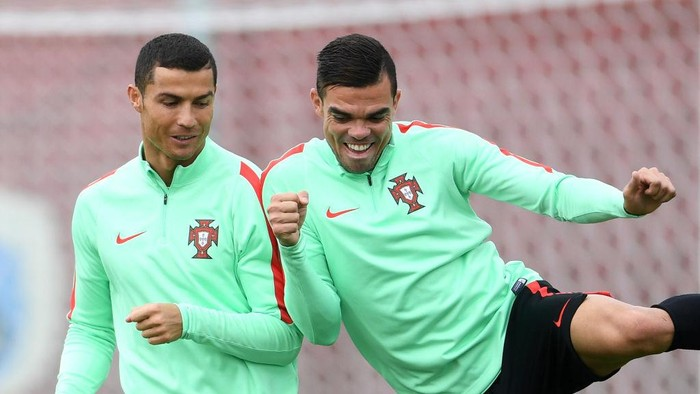 Cristiano Ronaldo dan Pepe