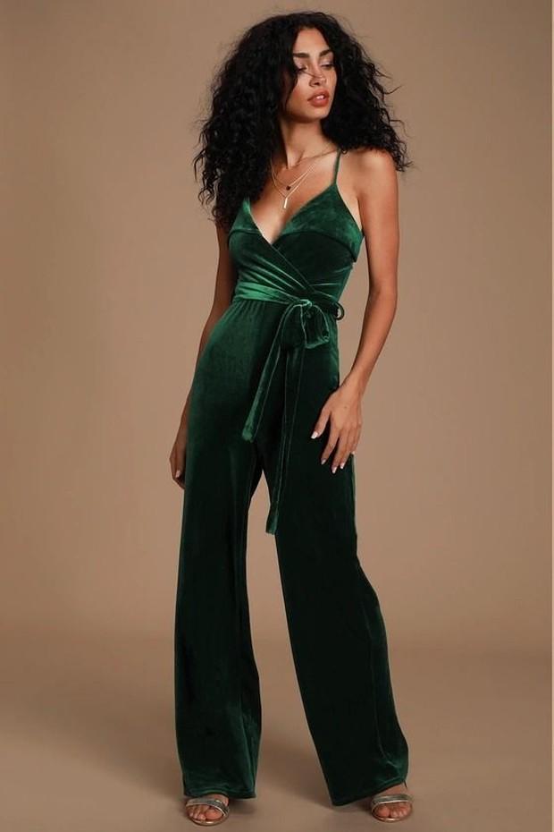 Green Velvet Sleevless Jumpsuit