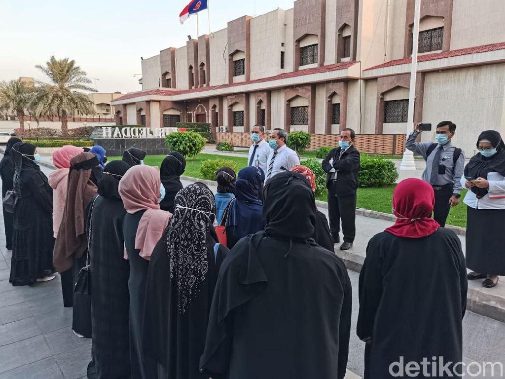 KJRI Pulangkan 21 WNI Bermasalah yang Bekerja di Saudi Pakai Visa Ziarah