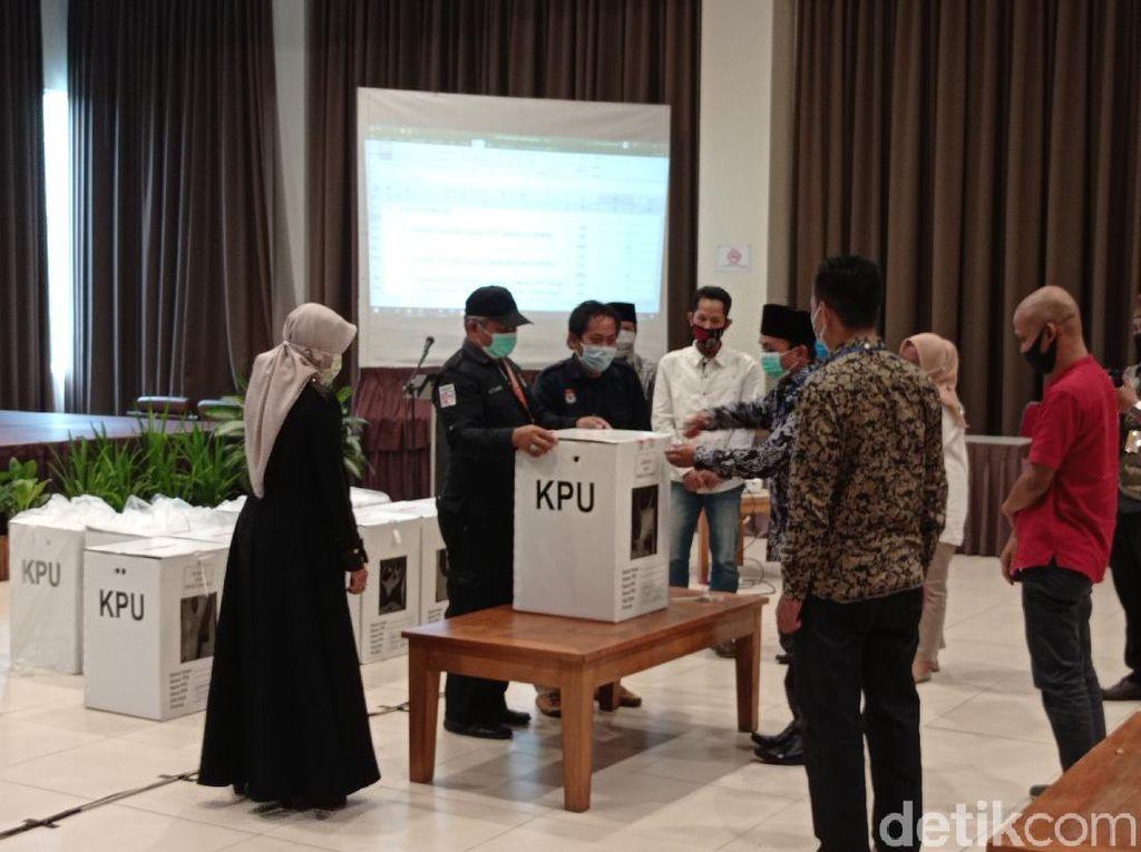Rekapitulasi Suara KPU, Pasangan Jeje-Ujang Juara Pilbup Pangandaran