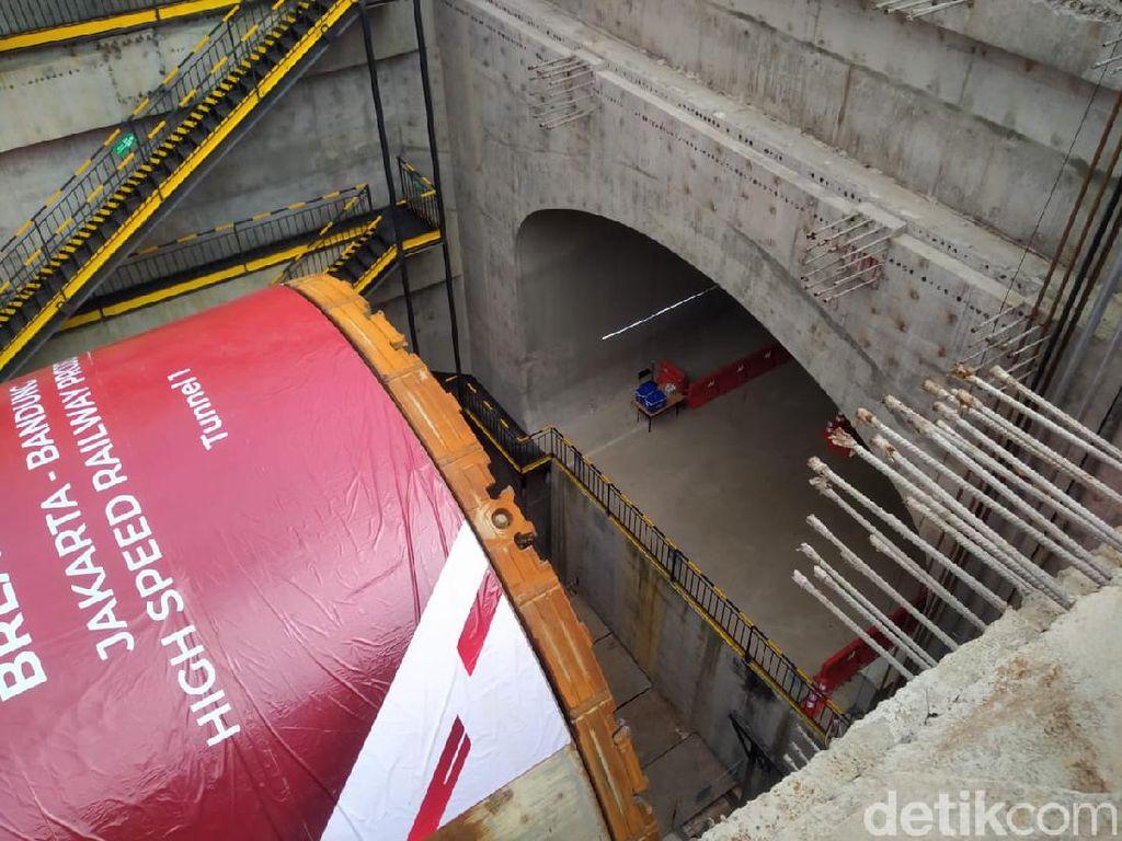 Progres Kereta Cepat 64%, Terowongan Bawah Tanah 1.885 Meter Diresmikan