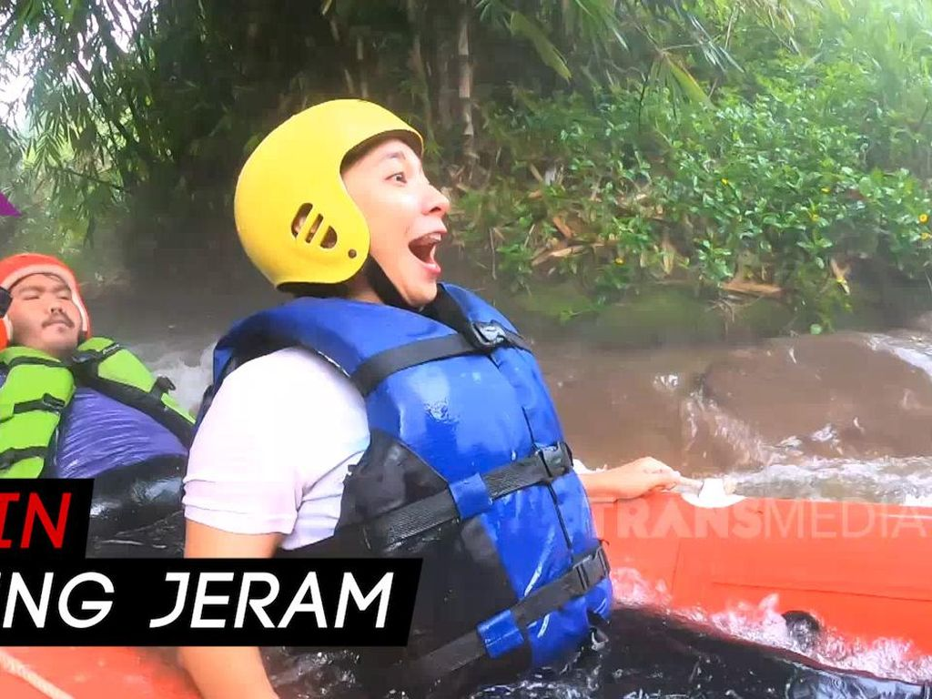 Celebrity on Vacation: Cobain Rafting di Ciater Subang