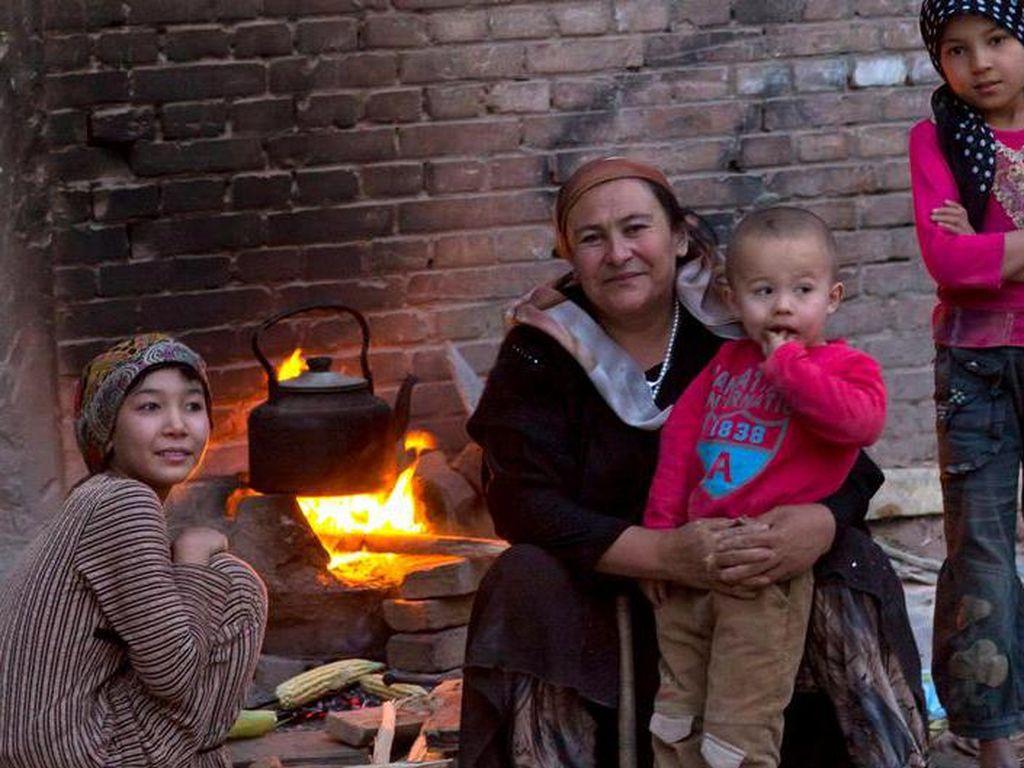 Eksploitasi Warga Uighur Dicap sebagai Perbudakan Modern