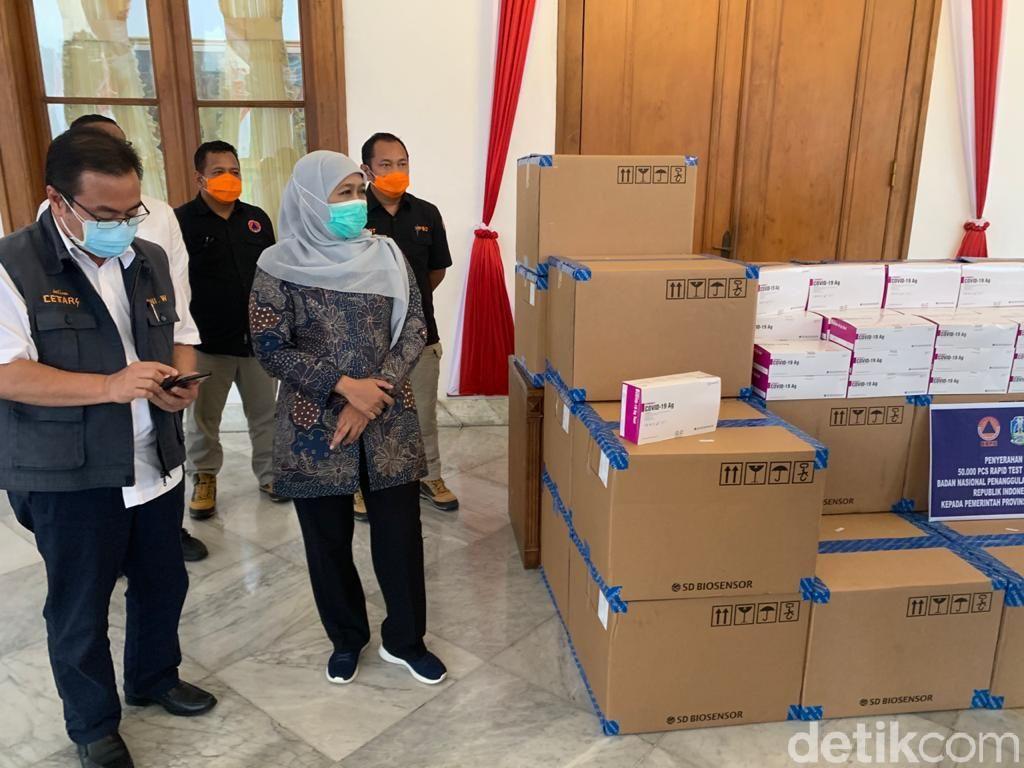 Siapkan 2.404 Vaksinator, Gubernur Khofifah Tunggu Jatah Vaksin di Jatim