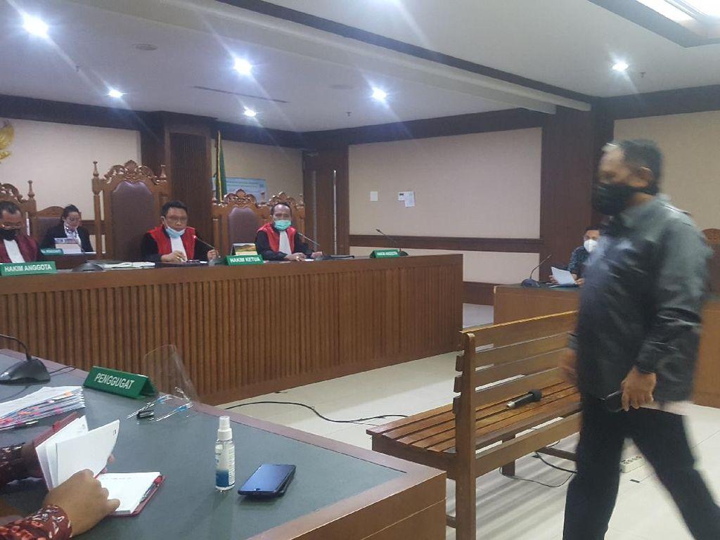 Luthfi Hasan Ajukan PK Terkait Kasus Suap Impor Daging Sapi