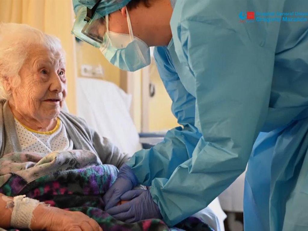 Keren! Nenek Berumur 104 Tahun di Spanyol Sembuh dari Covid-19