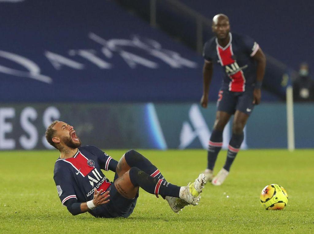 Pelatih PSG: Cedera Neymar Gak Parah, Kok!